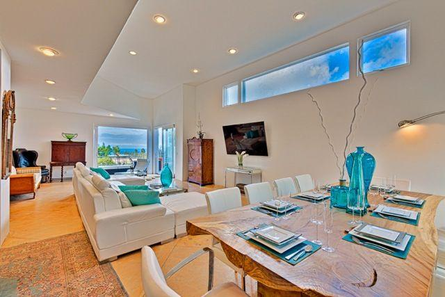 Dual Ocean View, Cathedral Ceilings and 80' TVs