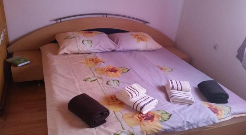Apratmani  Adella, holiday rental in Ilijas