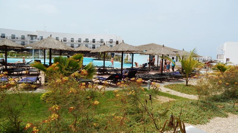 New luxury 5* Apartment, Sal Island, Cape Verde, location de vacances à Espargos