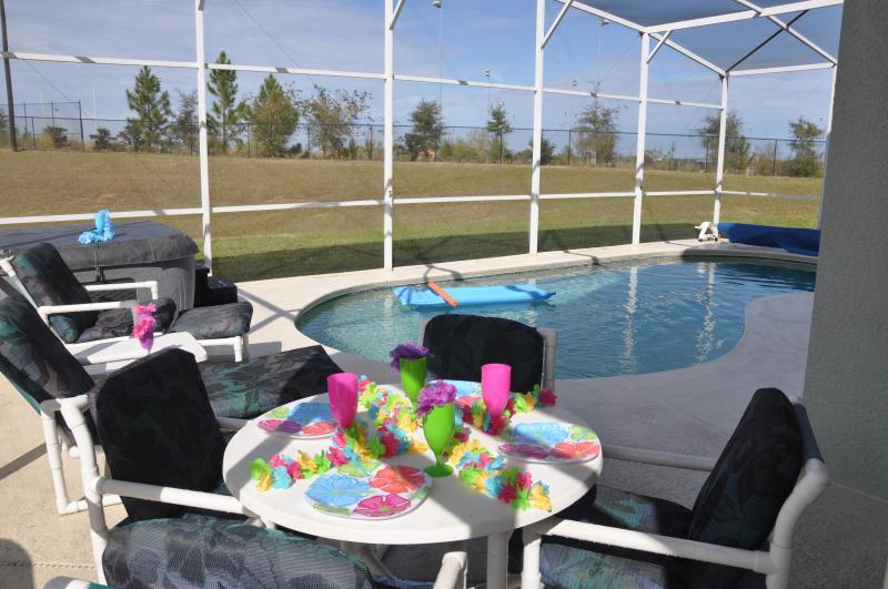 Orange View 5 Bedroom Villa Near Disney World with FREE Spa Heat
