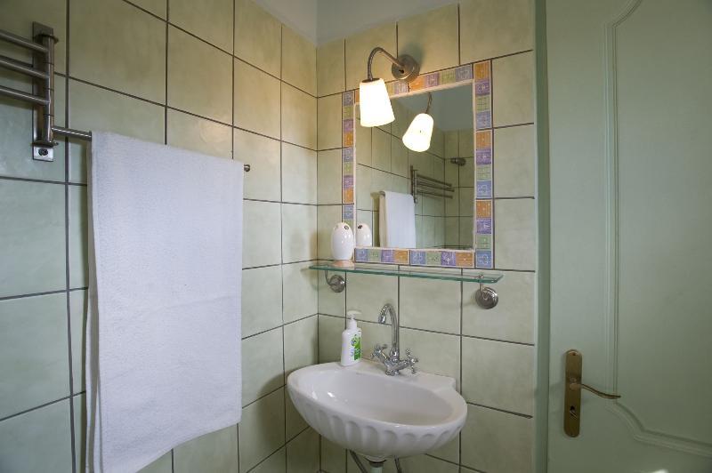 The bathroom of the 4th floor