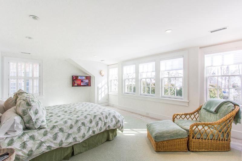 2nd Level Master Bedroom Ensuite