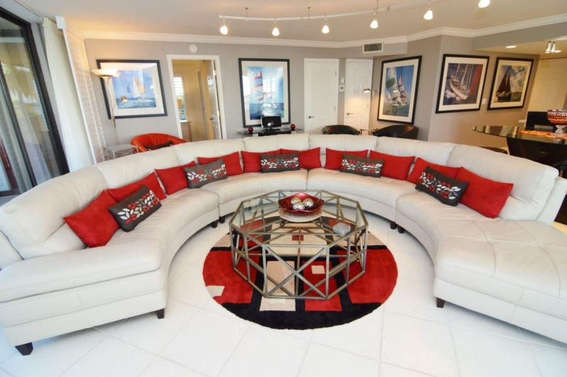 Bay View Tower - 337, alquiler de vacaciones en Fort Myers