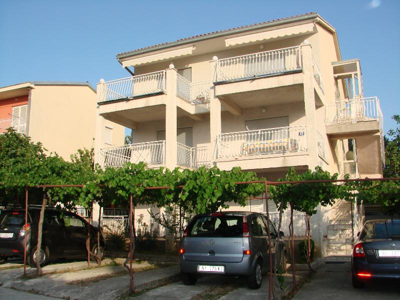 Brankica A1 VELIKI (8+1) - Selce, holiday rental in Selce