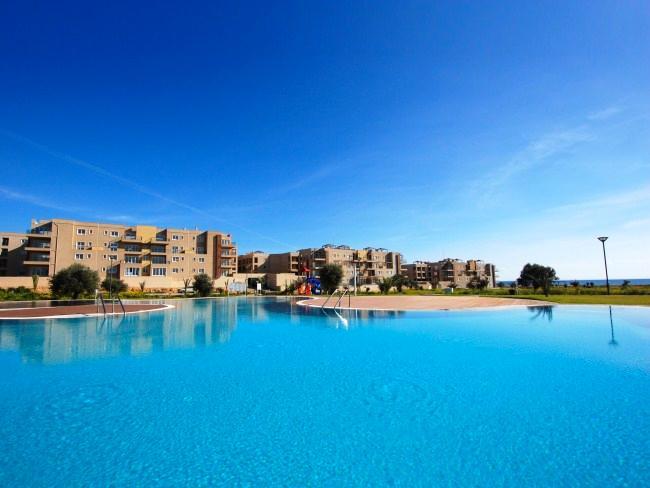 Thalassa Beach Resort - Apartment 201, alquiler vacacional en Bogaz