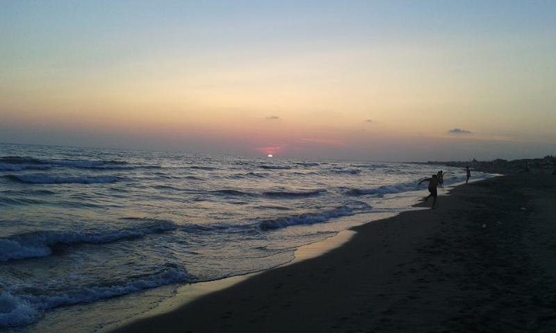 tramonto a mare