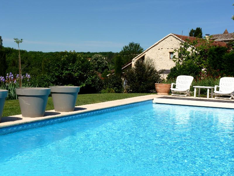 View Domaine Côté Granges from the swimming pool