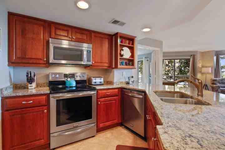 Modern, updated and well appointed kitchen