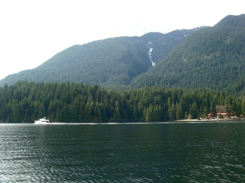 The amazing trip up Indian Arm right from the Cove