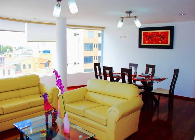 Kennedy Apart, cozy and modern apartment + jacuzzi, vacation rental in Arequipa