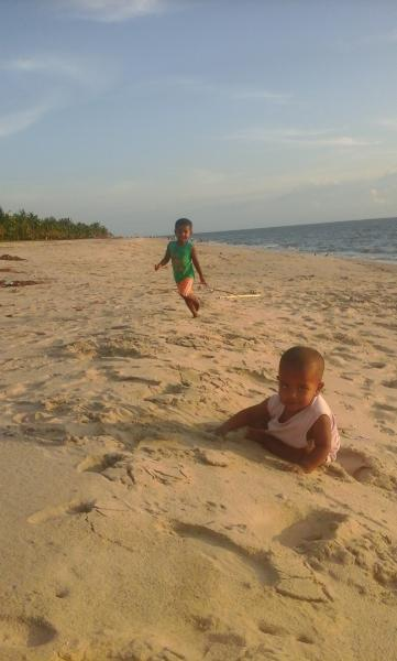 My kids are in marari beach