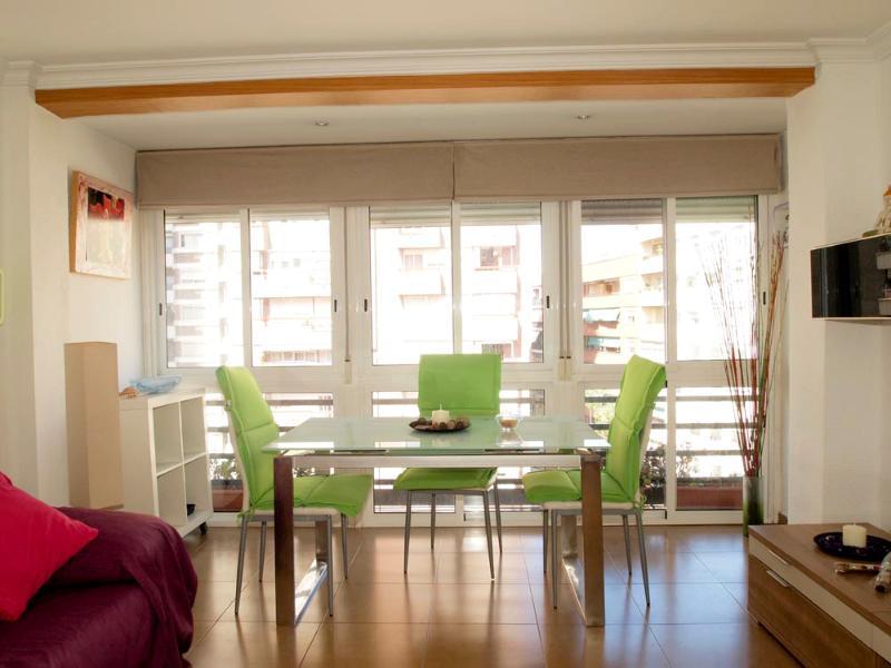 Ruzafa Apartment, Valencia Center, holiday rental in Valencia