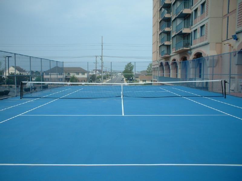 Tennis court at the Capri