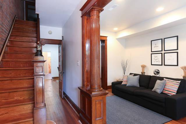 Fully Equipped House & Brief Walk To Metro, location de vacances à District de Columbia