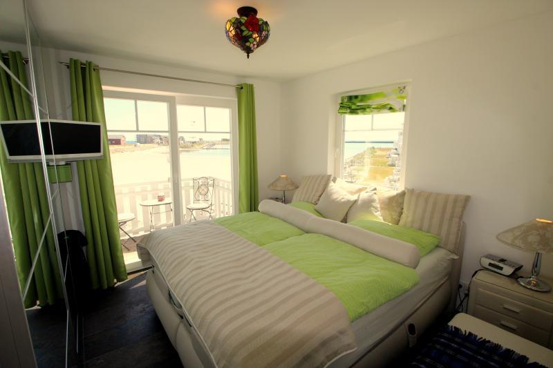 Schlafzimmer 1 im 1. Obergeschoss: Elternschlafzimmer