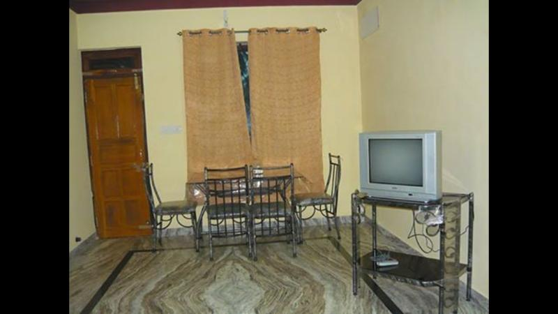 Peaceful appt./flats BOGPRE FAMILY INN, holiday rental in Benaulim