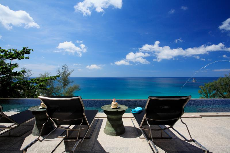 Bluesiam Villa - Surin Beach, up to 11 Bedrooms, holiday rental in Choeng Thale