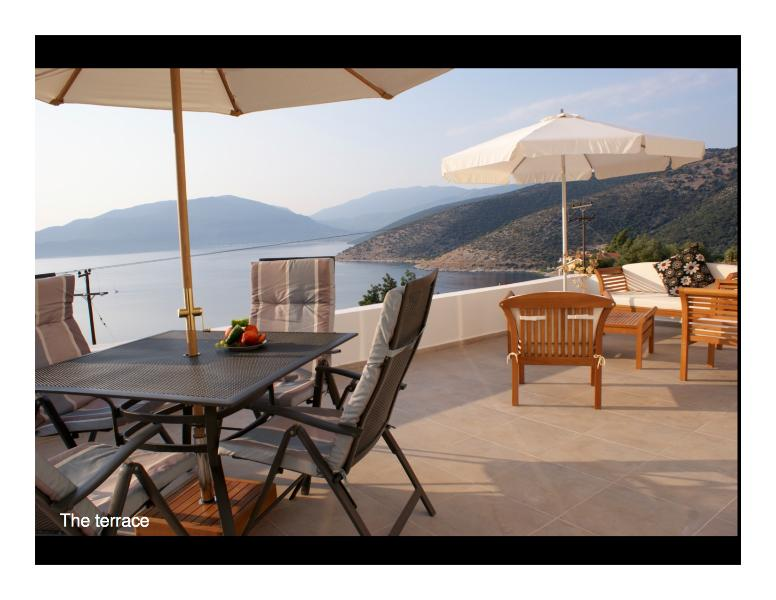 Pretty villa with private pool and panoramic sea views - edge of Agia Efimia, aluguéis de temporada em Agia Efimia
