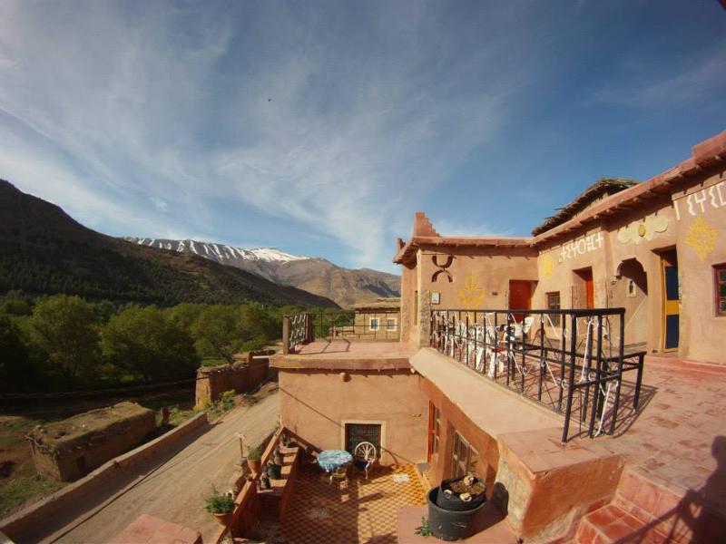 Photo Terrace du gîte Tawada avec une très belle vue sur la montagne dans 1lieu tranquille et unique