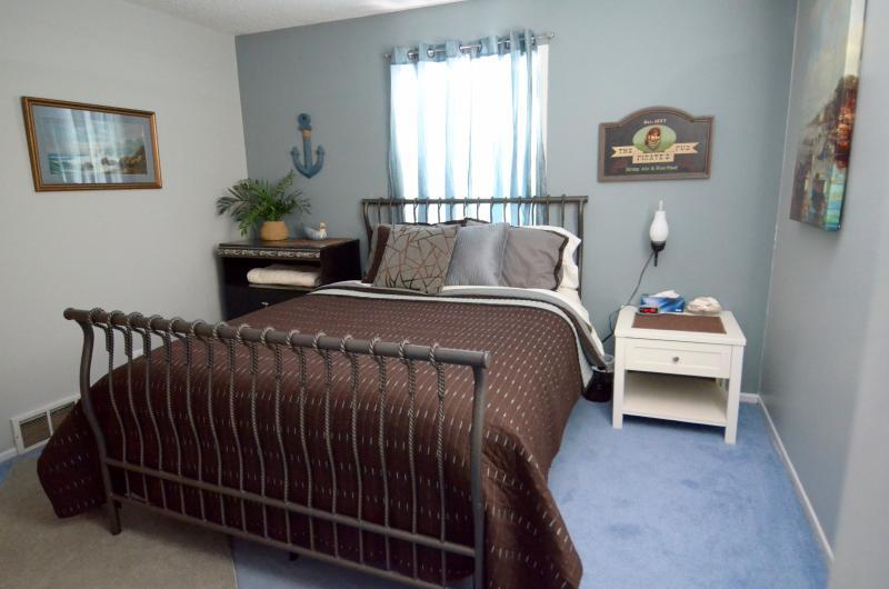 Bedroom 2 - Seaside