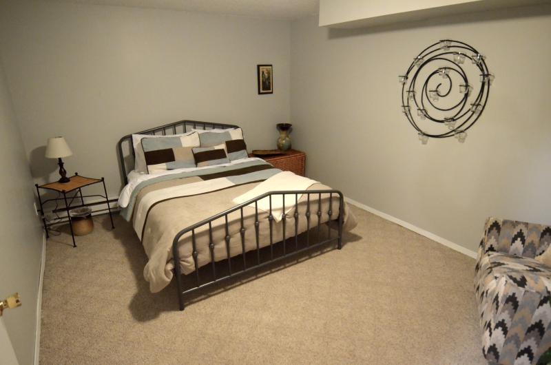 Bedroom 4 - Southwest Desert