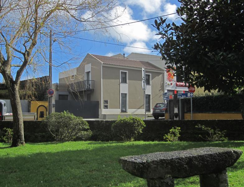 Furnas Valley design house (4br), vacation rental in Agua Retorta