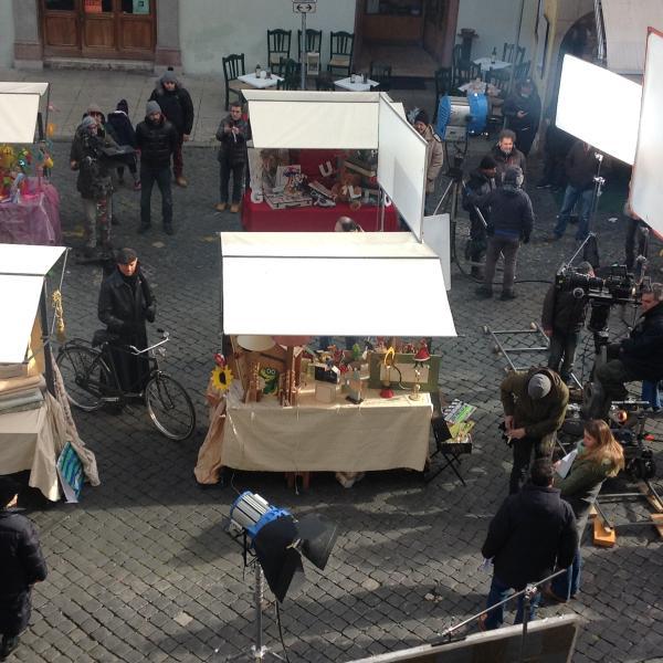 Don Matteo in piazza del Mercato, durante le riprese
