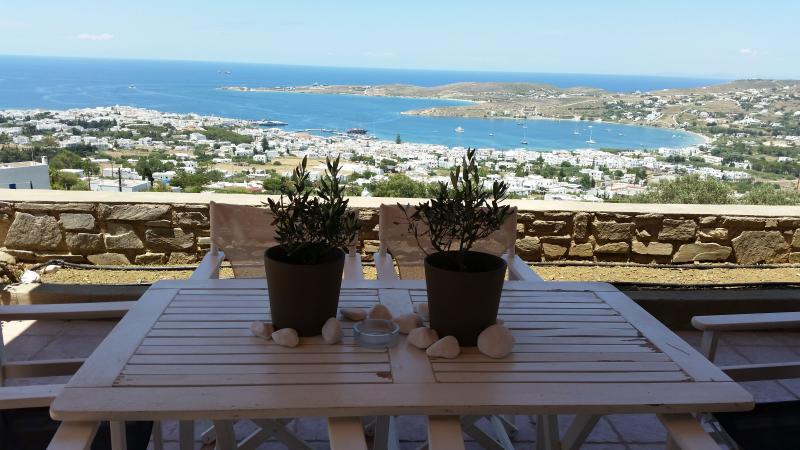 Parikia - Paros seaview Villa, holiday rental in Pounta