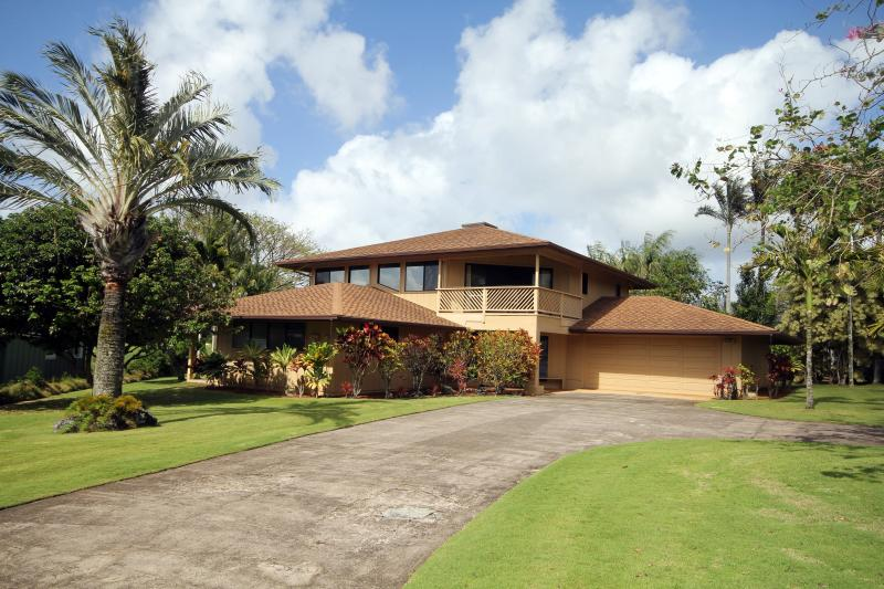 Hale Kipa Golf Course Home, vacation rental in Princeville