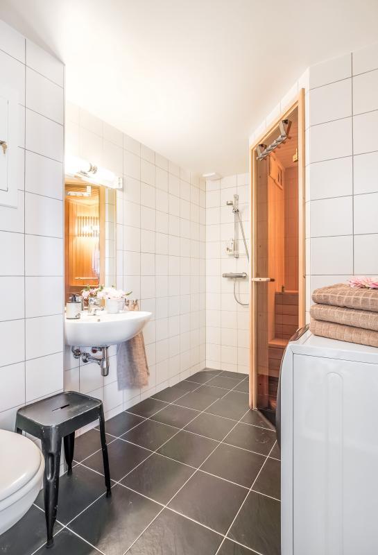 Bathroom with sauna ground floor