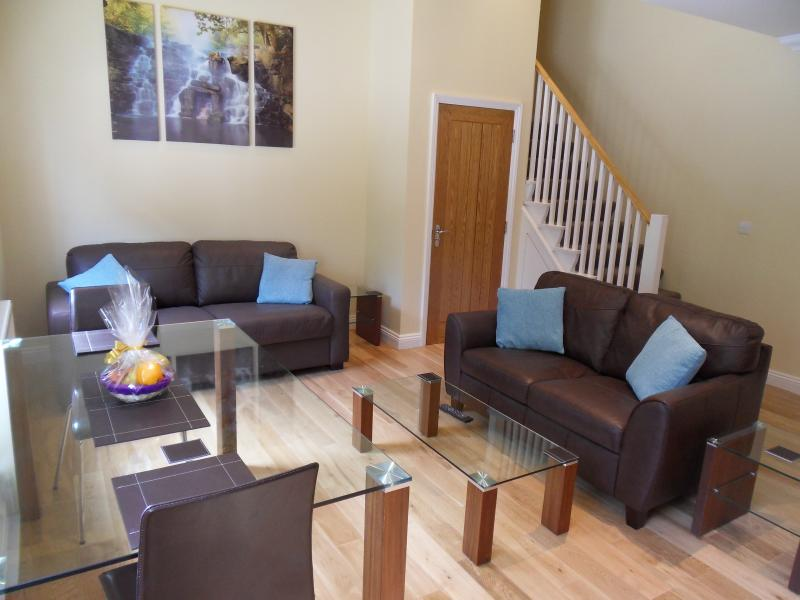 Worsley Apartment, holiday rental in Bonchurch