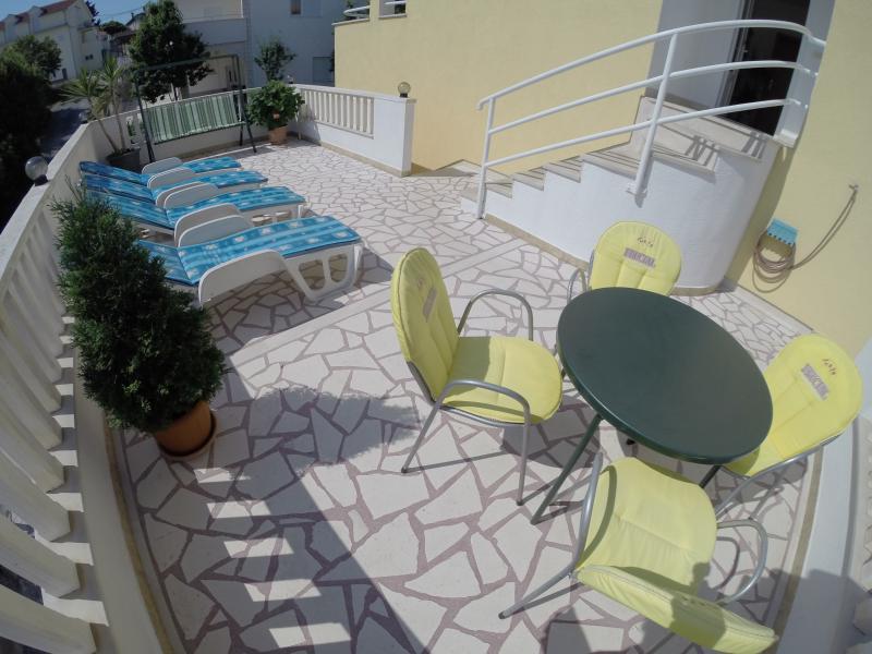 Sun bath terrace