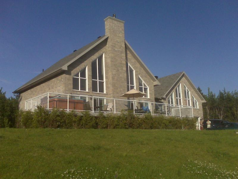 Bellevue House, holiday rental in Sainte Anne de Beaupre