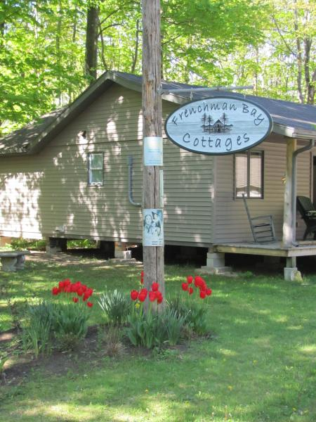 The Cottage, vacation rental in Shallow Lake