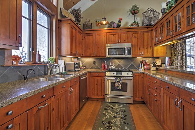 Whip up your favorite meals in the fully equipped kitchen.
