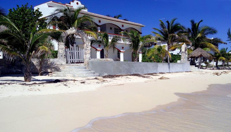 Beachfront Home with Private beach located in Placer and close to good snorkeling.