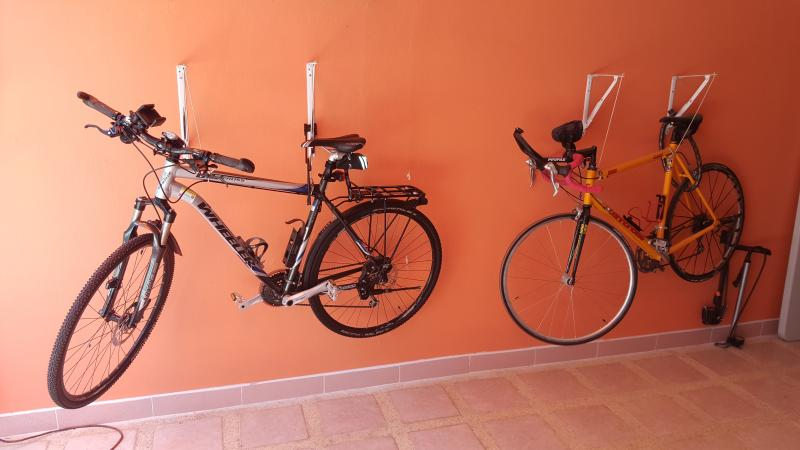 Mountain bike and racing bike, may be used by guests
