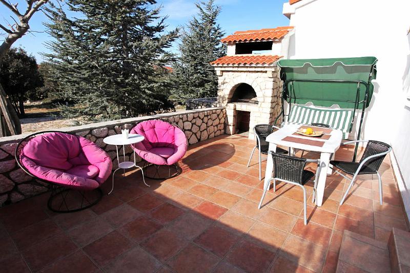 Lavender House, alquiler de vacaciones en Mandre