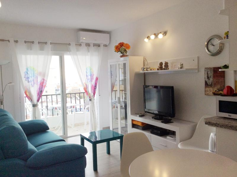 Beach, center and tranquility! Sea views only 200mt from the beach, holiday rental in Nerja