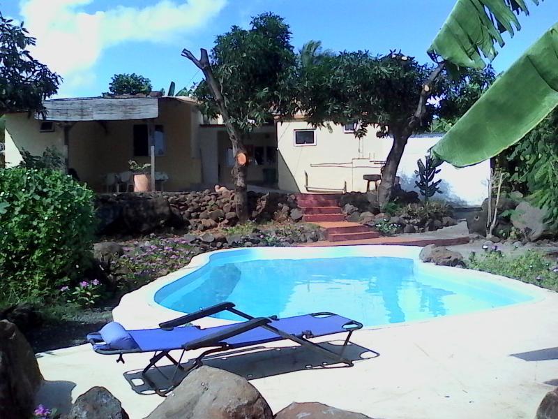 Maison d'hôte avec piscine, Wifi proche de la mer, location de vacances à Pointe Aux Sables