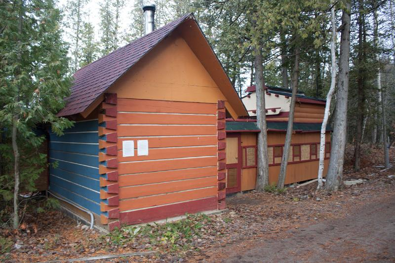 Woodstove private sauna.