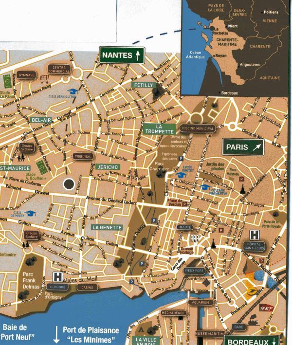La Rochelle Apartments: La Rochelle Proche Centre T2 Balcon 300m Mer