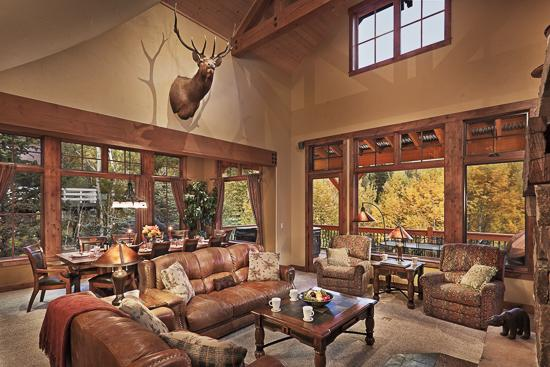 Great room with covered deck and mountain views