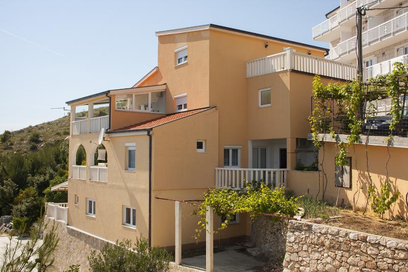 Celina Apartment Sleeps 4 - 5408049, location de vacances à Celina