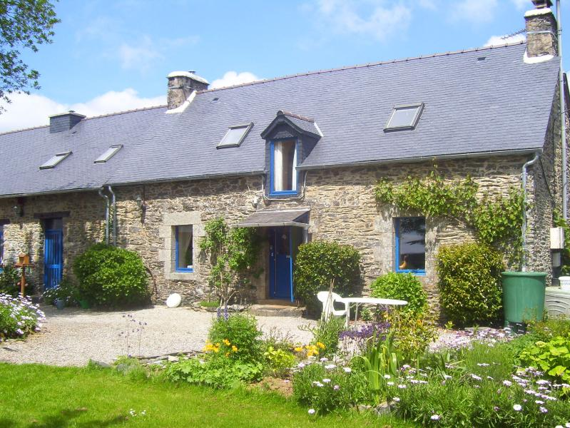 Le Boterff, a haven of peace and tranquillity in a rural setting with lovely views.