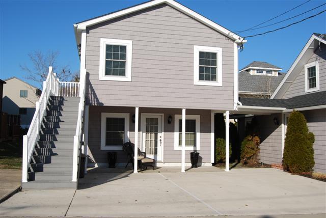 30 B Delaware Exterior UP - 30B Delaware Ave