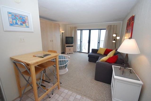 Living Room - 2 Virginia Ave #521