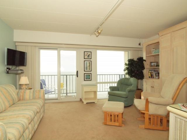 Living Area  - 307 South Boardwalk #703
