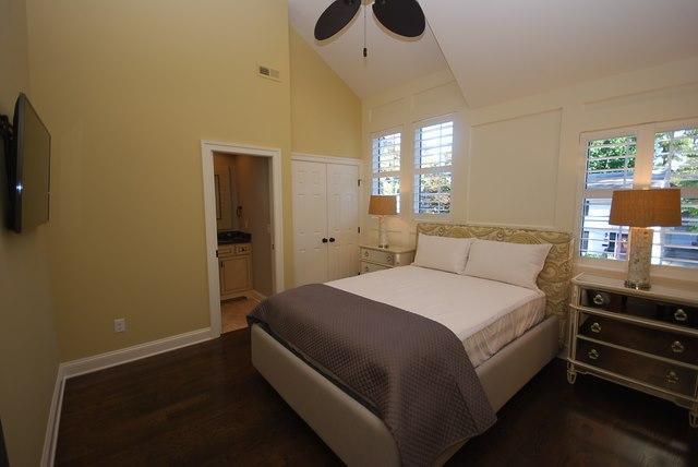 Suite #2 - 111 Rodney St