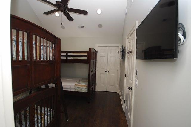 Suite #5 - 111 Rodney St